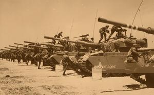 Anh gửi tàu chiến thứ 3 đến Vùng Vịnh: Át chủ bài của Iran sẽ kích hoạt chiến tranh? - ảnh 6