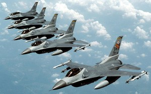 Máy bay không người lái Iran bay rợp trời Trung Đông: Mỹ có khiếp sợ? - ảnh 6