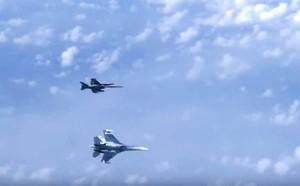 Trung Quốc khoe sức chứa máy bay khủng của tàu sân bay nội địa so với Liêu Ninh - ảnh 1
