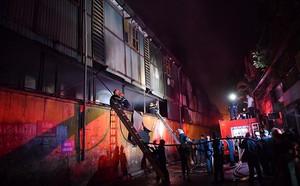 Người dân bán gas gần Công ty Rạng Đông: 'Xin đừng ác ý nói hỏa hoạn bắt nguồn từ nhà tôi' - ảnh 2