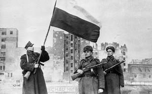 Đòn phòng thủ sát sườn: Mỹ đột phá quân sự với láng giềng Nga? - ảnh 2