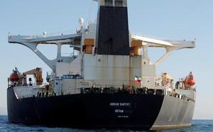 Mỹ tuyên bố sẽ trừng phạt bất kỳ nước nào mua dầu của Iran - ảnh 1