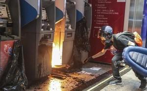 Mỹ - Trung leo thang căng thẳng vì Hồng Kông - ảnh 2
