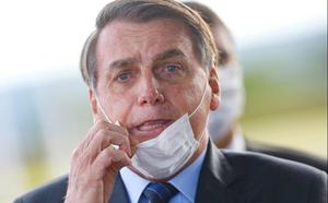 Brazil thành ổ dịch Covid-19 lớn thứ 2 thế giới, tổng thống vẫn thờ ơ - ảnh 1
