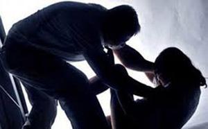 Khởi tố gã đàn ông nhiều lần quan hệ với con gái của nhân tình - ảnh 1