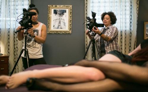 Ngành công nghiệp phim khiêu dâm Nhật 'chao đảo' vì phần mềm AI biến phim 'có che' thành 'không che'