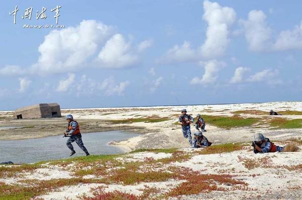 Trung Quốc tập trận chiếm đảo ở Biển Đông