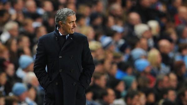 HLV Jose Mournho đã đạt mốc 100 trận dẫn quân đi chinh chiến tại Champions League
