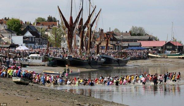 Cuộc đua chạy trên bùn Maldon  được tổ chức lần đầu tiên vào năm 1973.