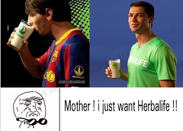 Ronaldo quảng cáo, Messi uống