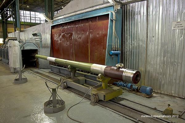 Nòng pháo sau khi được sơn mới.
