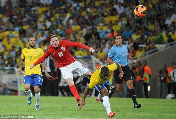 Arsenal sẵn sàng phá vỡ cấu trúc lương để có được Rooney