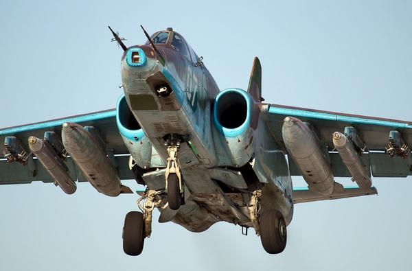 """Nếu Triều Tiên sở hữu tên lửa Kh-29 thì đây thực sự là """"tin không tốt"""" cho Hải quân Hàn Quốc. Triều Tiên có thể kết hợp Su-25K với tiêm kích MiG-29 hộ tống để thực hiện đòn tấn công """"khủng khiếp"""" vào chiến hạm Hàn Quốc."""