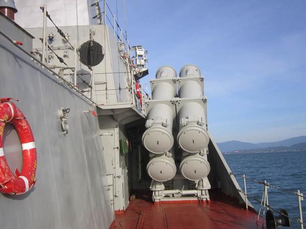 Tàu được trang bị 16 tên lửa Kh-35E