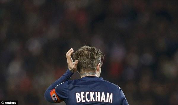 David Beckham òa khóc trong trận đấu chia tay