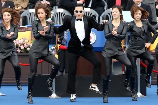 PSY sẽ trình diễn Gangnam Style trong trận chung kết Coppa Italia