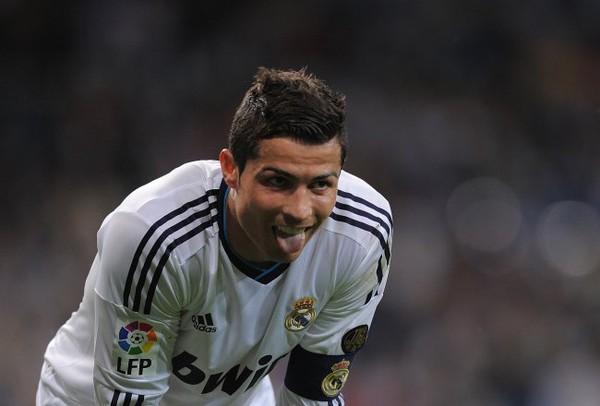 Cris Ronaldo vừa có tuyên bố dội gáo nước lạnh vào ngài Chủ tịch Florentino Perez
