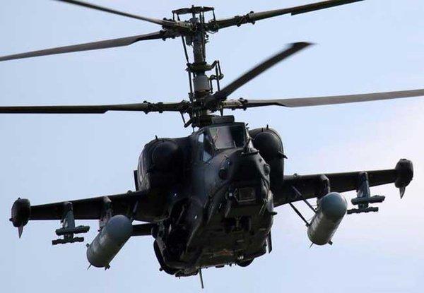 Ka-50 Black Shark được trang bị hệ thống cánh quạt đúp ngược chiều rotor đồng trục.