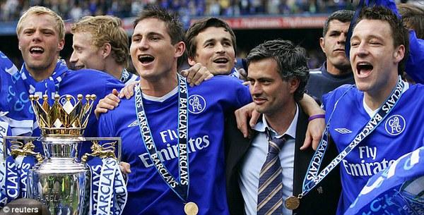 Ở lại Chelsea, Lampard nhiều khả năng sẽ được hội ngộ cùng Mourinho, HLV nhiều khả năng sắp về The Blues