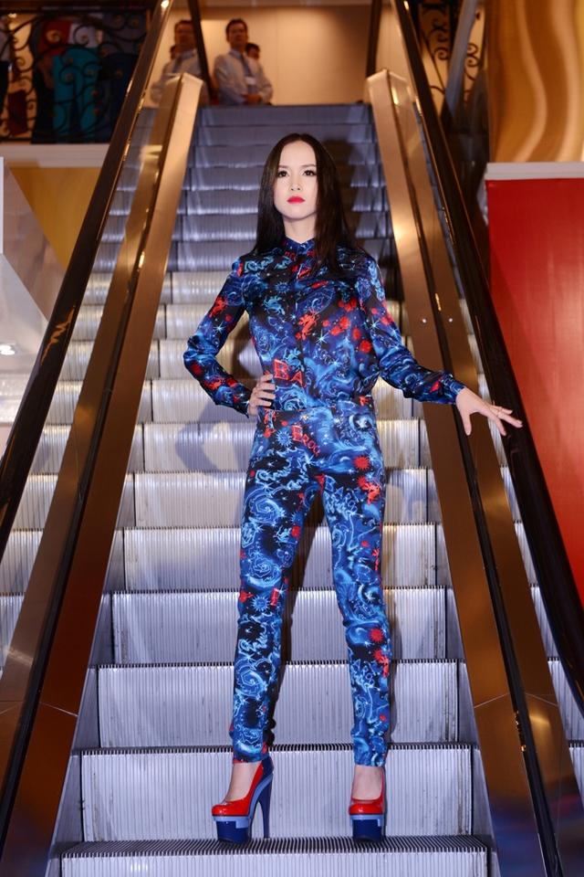 Top 5 Hoa hậu Việt Nam 2012 - Ngọc Anh.