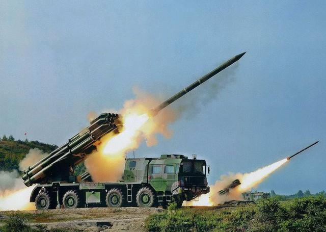Hệ thống pháo đa lòng 9K58 Smerch.