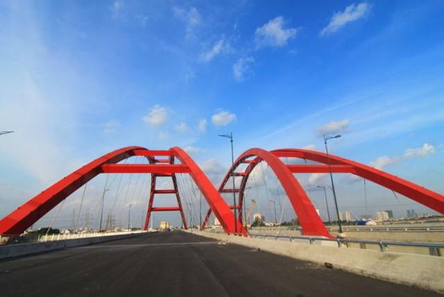 Đến nay các hạng mục chính của đoạn đường dài 5km, từ nút giao Nguyễn Thái Sơn (Q.Gò Vấp) đến ngã tư Bình Triệu (Q.Thủ Đức) cơ bản hoàn thành, dự kiến thông xe đầu tháng 9/2013. Trong đó có một hạng mục quan trong là cầu Bình Lợi bắc qua sông Sài Gòn, nối 2 quận Bình Thạnh và Thủ Đức.