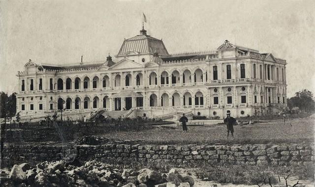 Dinh toàn quyền tại Sài Gòn vừa được xây dựng xong. Ảnh chụp năm 1875.