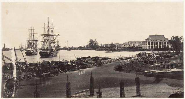 Cảng Sài Gòn sau 2 năm khai trương. Ảnh chụp năm 1866.