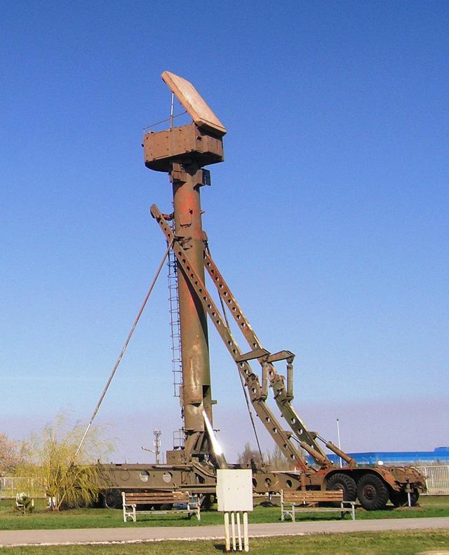 Đài radar điều khiển hỏa lực 30N6E của tổ hợp S-300PMU1
