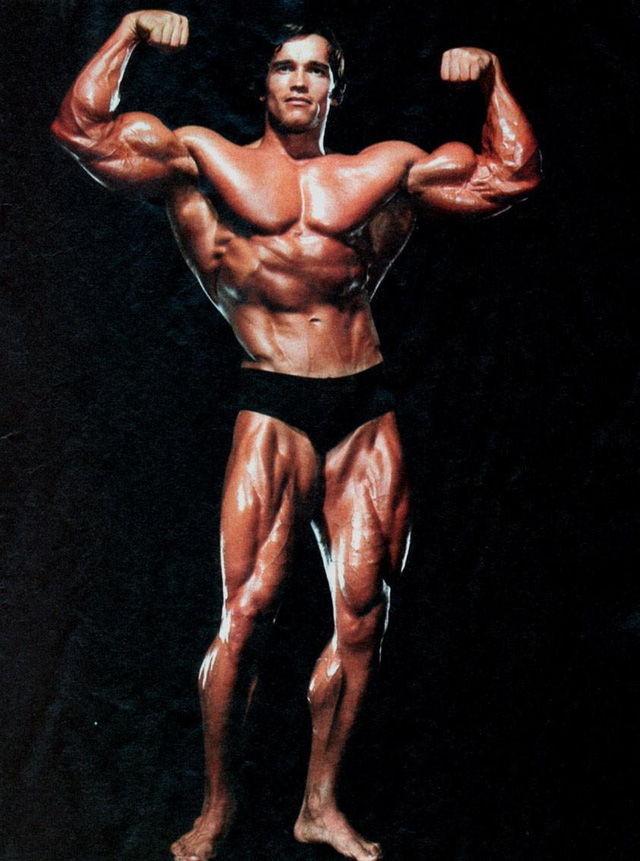 Arnold Schwarzenegger thời trai trẻ