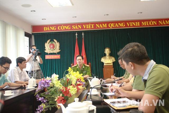Đại tá Nguyễn Văn Kim, Phó giám đốc Công an tỉnh Đồng Nai cho biết hiện chưa xác định được nguyên nhân vụ nổ súng do hai nạn nhân liên quan trực tiếp đến vụ việc đang bị thương nặng và chưa thể lấy lời khai