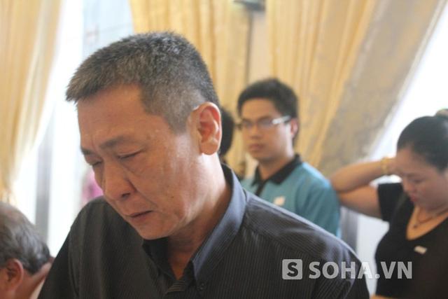 Nước mắt tiếc thương Đại tướng không chỉ rơi trên khuôn mặt của những người lớn tuổi...
