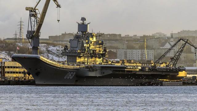Tàu sân bay Đô đốc Kuznetsov của Hải quân Nga.