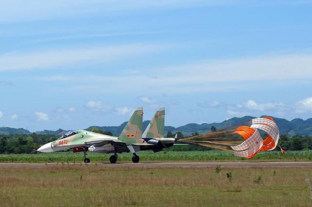 Việt Nam sẽ tiếp tục mua thêm nhiều vũ khí hiện đại của Nga