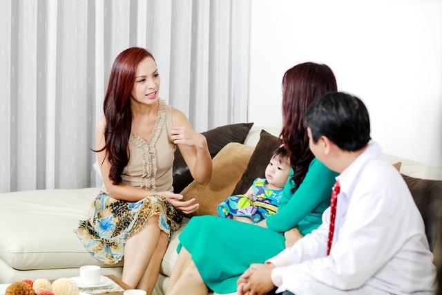 Con gái bụ bẫm, đáng yêu của Hoa hậu Trần Thị Quỳnh