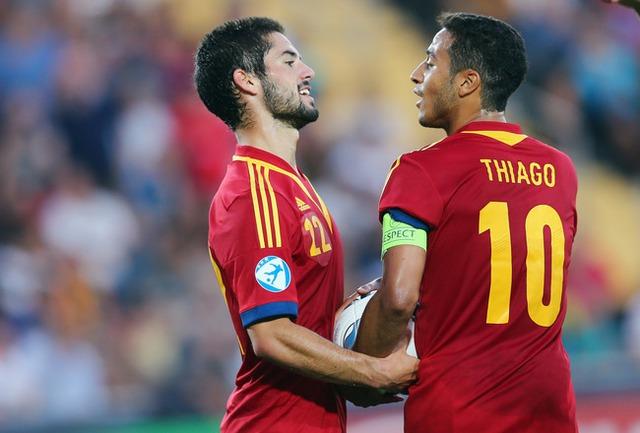 Isco và Thiago đang trong tầm ngắm của Chelsea