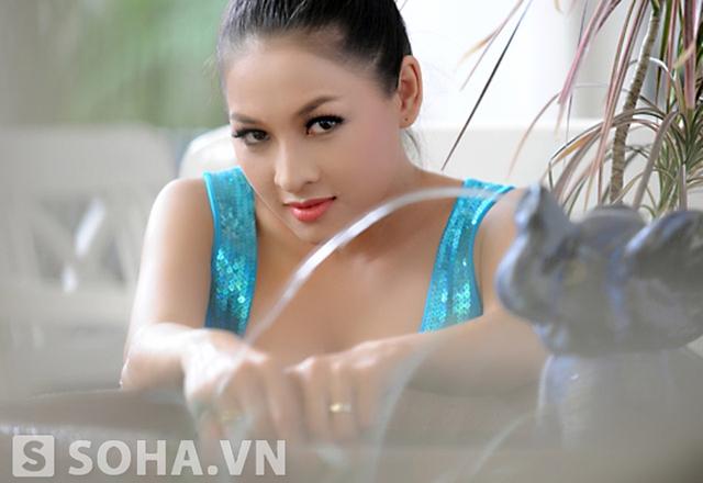 Thái Nhã Vân muốn chúc mừng thành công của Bà Tưng