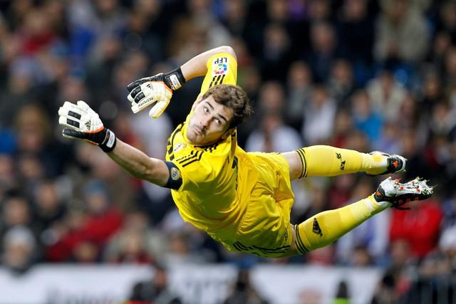 Iker sinh ra là để trở thành một phần của Real Madrid