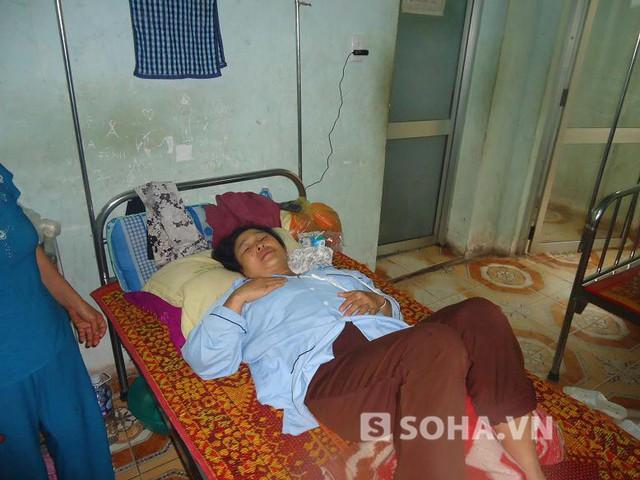 Chồng mất, chị Lĩnh vẫn đang nằm viện, gia đình không dám cho biết tin dữ.