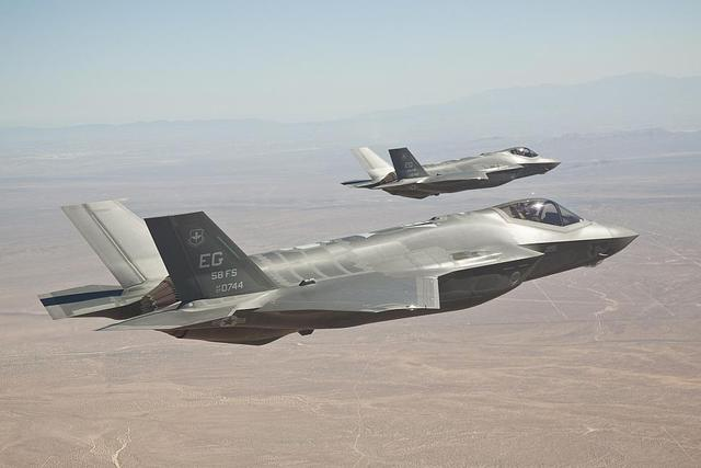 Cho dù chưa hoạt động chính thức, nhưng F-35 được phi công Mỹ đánh giá rất cao.
