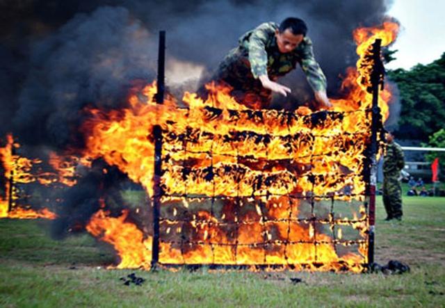 Vượt tường lửa, một trong những bài khởi động nâng cao để rèn luyện ý chí.