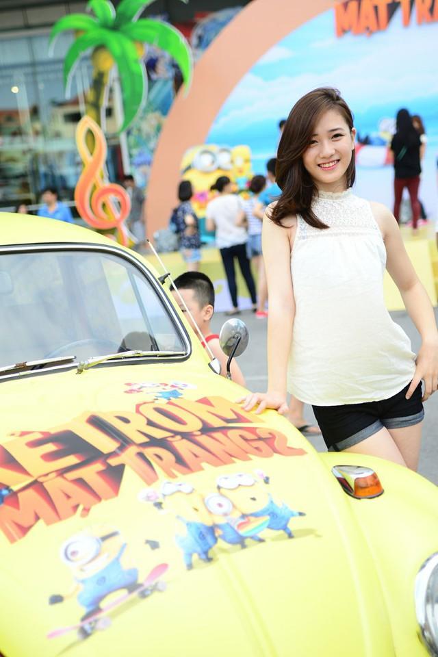 Hot girl xinh đẹp xuất hiện cùng Xuân Bắc khiến fan phát sốt