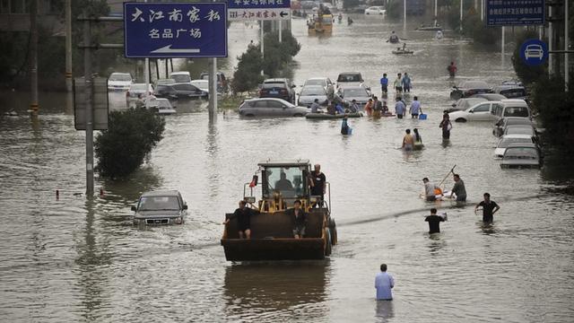 70% thành phố Du Diêu ngập trong lũ