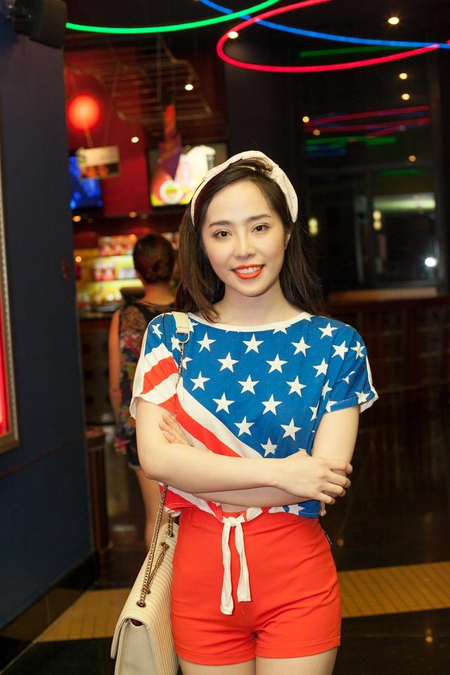 Thời gian gần đây, ngoài công việc trong giới showbiz, Quỳnh Nga còn chuyển sang kinh doanh.