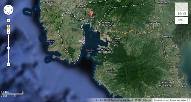 Đảo Grande chia vịnh Subic thành hai luồng vào vịnh