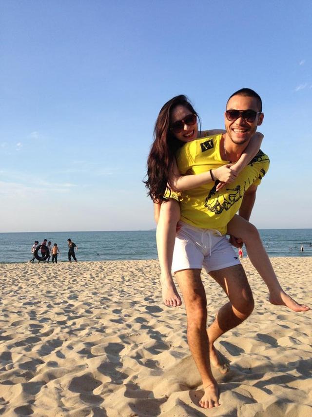 Cả hai đã có những giây phút thư giãn thoải mái trên bãi biển.