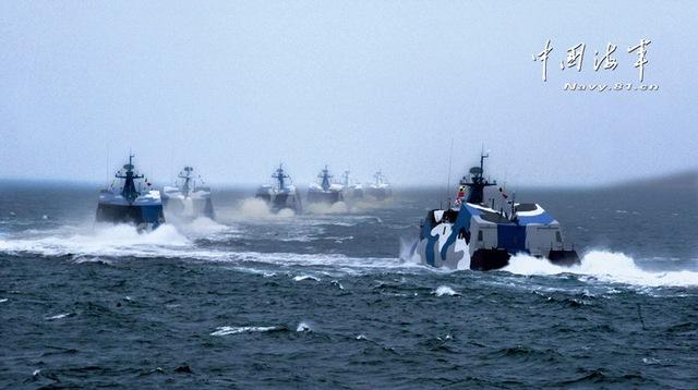 Tàu được trang bị 8 tên lửa chống hạm C-801 có tầm bắn 42km hoặc C-802 (tầm bắn 120km) hoặc C-803 (tầm bắn 150-200km).
