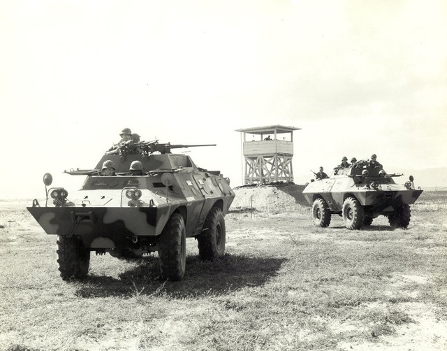 V-100 của Việt Nam cộng hòa ở Tuy Hòa năm 1968