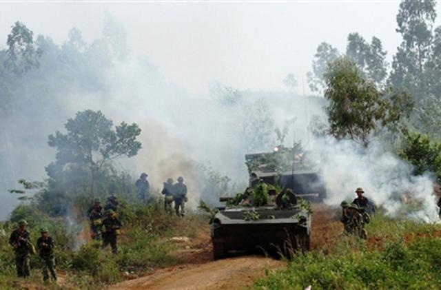 Xe chiến đấu bộ binh BMP-1 trong diễn tập