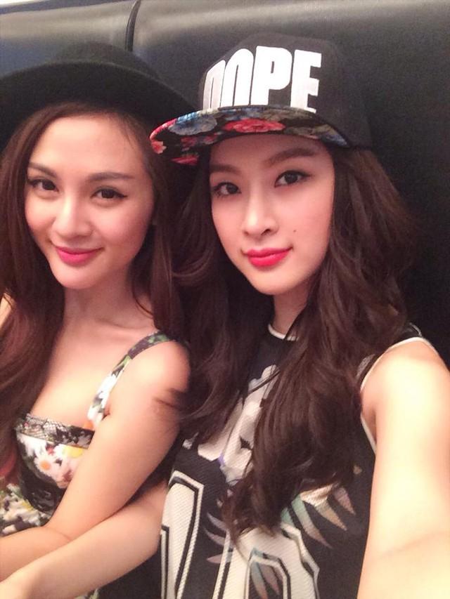 Angela Phương Trinh và hot girl Kelly Nguyễn